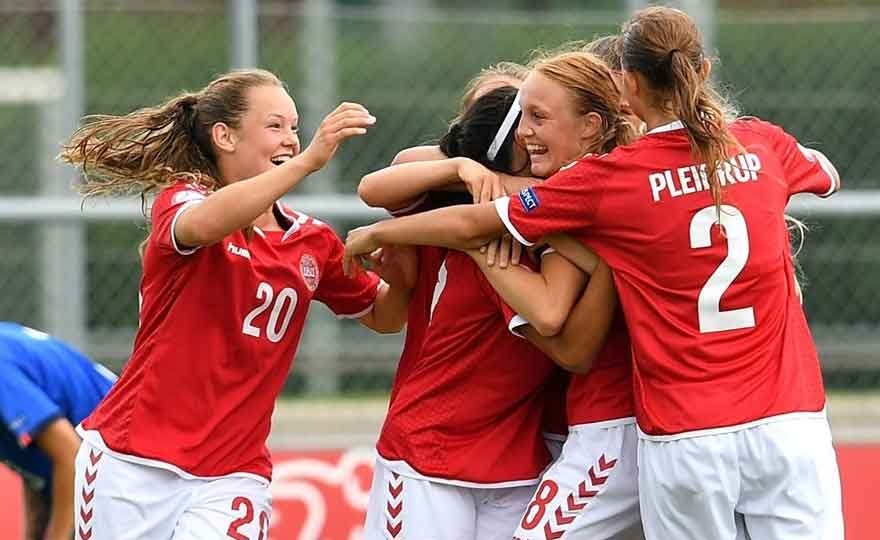 A vague and unlucky Italy loses to measure with Denmark