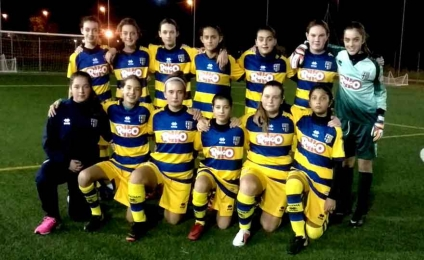 """The young women's Under 15 of Parma """"BALL GIRLS"""" in the Parma-Chievo Verona match"""