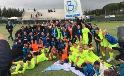 Napoli Carpisa Yamamay promoted to Serie B