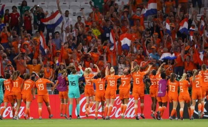 The Netherlands beats Sweden 1 - 0 and flies to the final with the United States