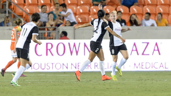 MAIN SRFC Kim Little Goal 7-30-14